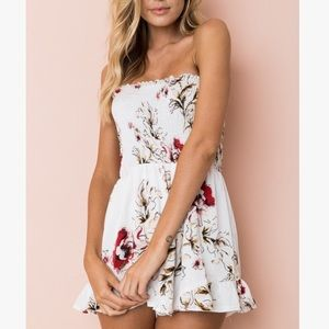 Pants - 💕💕Just My Style White Floral Romper